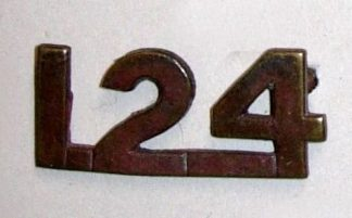 124 INFANTRY BN. C.E.F. bronze shoulder title