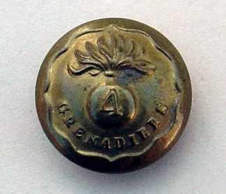 4th GRENADIERS 25mm ORs brass button