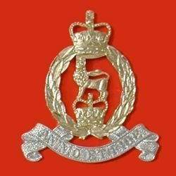 ADJUTANTS GENERAL CORPS QC a/a Cap badge, large