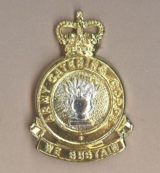 ARMY CATERING CORPS QC 2nd Type, a/a Cap badge