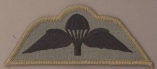 BRITISH BASIC PARACHUTE WINGS - DESERT Subdued