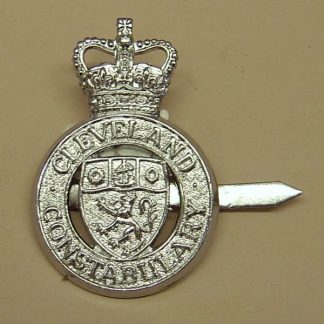CLEVELAND CONSTABULARY QC chrome cap badge