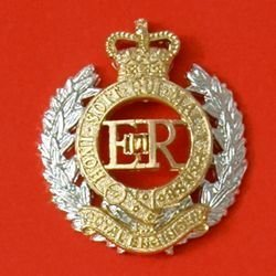CORPS  OF ROYAL ENGINEERS QC a/a Cap Badge