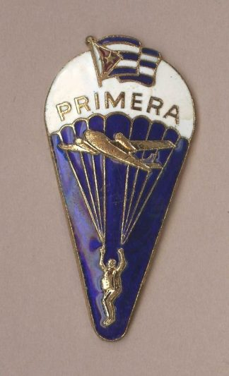 CUBAN 1ST CLASS PARACHUTE QUALIFICATION BADGE