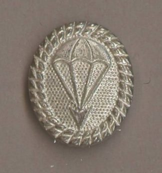 GERMANY - PARACHUTE QUALIFIED 'SILVER' LAPEL PIN