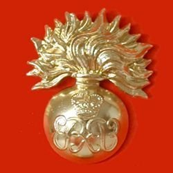 GRENADIER GUARDS SERGEANTS QC ERII cipher a/a cap badge