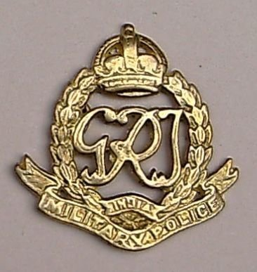 INDIAN MILITARY POLICE - GRVI cast brass cap badge