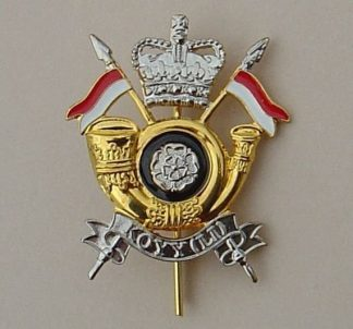 KINGS OWN YORKSHIRE YEOMANRY (L.I.) QC gilt/enamel