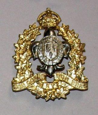 REGIMENT DE MAISONNEUVE KC or's cap badge