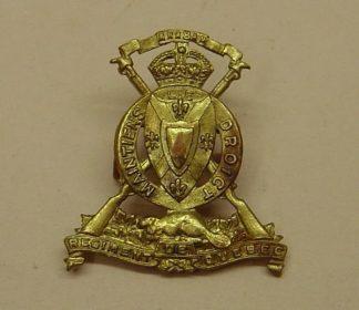 REGIMENT DE QUEBEC gm or's cap badge