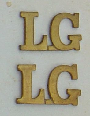 LIFE GUARDS - L.G. brass shoulder titles, pair