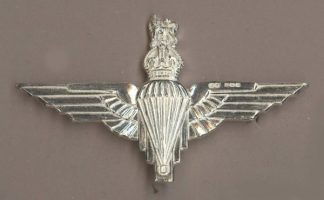 PARACHUTE REGIMENT KC - H. M. SILVER beret badge