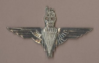 PARACHUTE REGIMENT QC - w/m beret badge