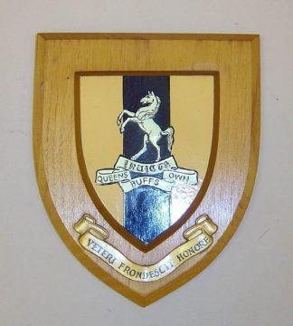 QUEENS OWN BUFFS - VETERI FRONDESCIT HONORE wall plaque