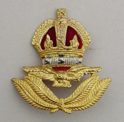 R A F  AIR OFFICER'S KC Cap Badge - WWII economy