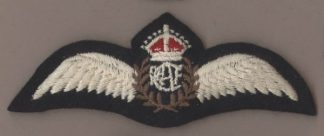 R.C.A.F. PILOTS WING K.C. embroidered, padded cent