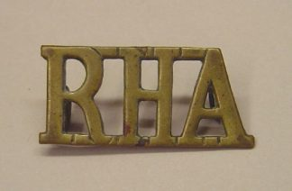 R.H.A. large other-ranks brass shoulder title