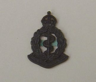 ROYAL ARMY MEDICAL CORPS KC plastic cap badge