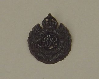 ROYAL ENGINEERS GRVI KC plastic cap badge