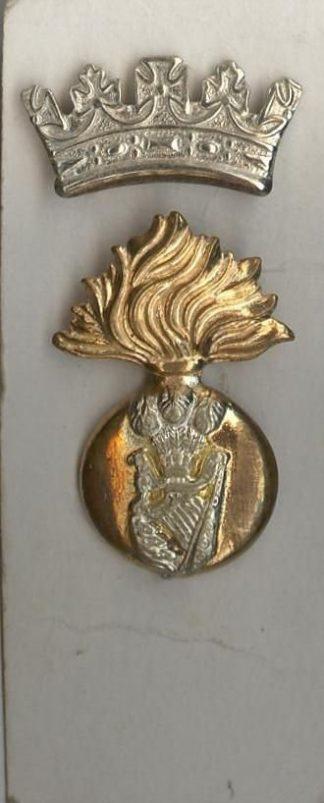ROYAL IRISH FUSILIERS bi/m two part badge