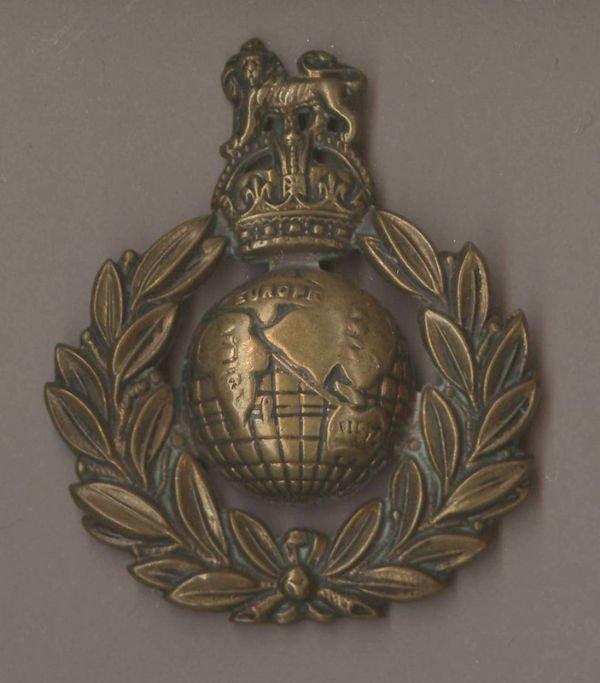 Royal marines cap badge
