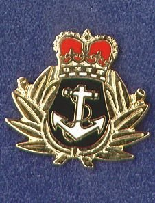 ROYAL NAVY - LAPEL BADGE - CAP BADGE