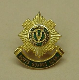 SCOTS GUARDS ASSn. gilt enamel lapel