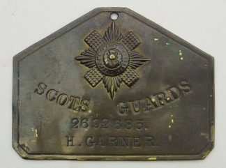 SCOTS GUARDS Bed-Plate brass '692683 H.GARNER'