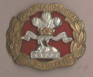THE SOUTH LANCASHIRE REGIMENT bi-m cap badge