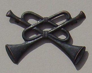 TRUMPETS CROSSED 'TRUMPETER' 'bronzed' metal