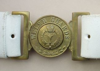 WELSH GUARDS BUCKLE on WHITE 'BUFF' LEATHER BELT