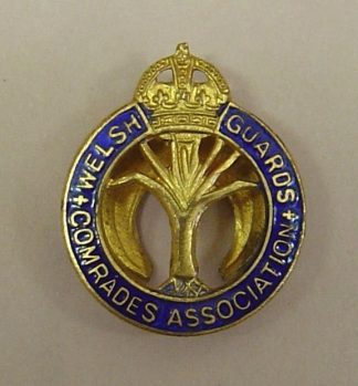 LSH GUARDS OLD COMRADES ASSOCIATION lapel badge