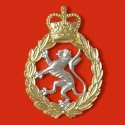 MENS  ROYAL ARMY  CORPS QC a/a Cap Badge