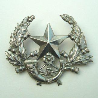 SCOTTISH RIFLES 'CAMERONIANS'  white metal OR's Glengarry badge