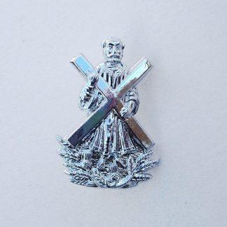 The HIGHLANDERS Sporran Badge St. Andrew holding Cross, above spray of thistles anodised aluminium.