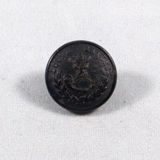 LOUTH RIFLES Irish Militia or's black horn button 19mm