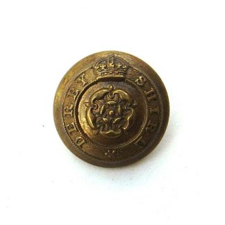 Derbyshire Yeomanry OFFICERS KC 24 mm  gilding metal button