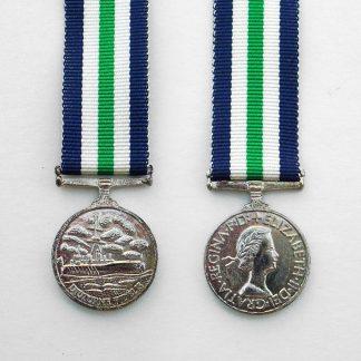 ROYAL NAVAL FLEET RESERVE MEDAL - Miniature Medal ERII