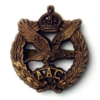 AAC KC WWII plastic cap badge